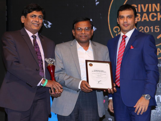 Lupin Ltd received UBM Giving Back 2015 CSR and NGO Award