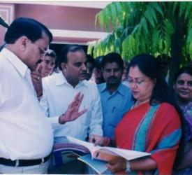 Vasundhara Raje is seeing The progress of Lupin Foundation